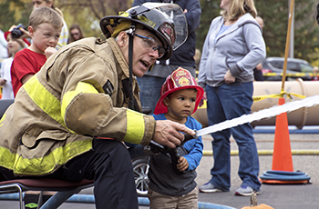 Plymouth Fire Department Open House Set For Oct 14 Meet Firefighters And Police Officers Who Serve The Community Climb Inside A Truck