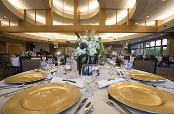 Weddings at the Plymouth Creek Center